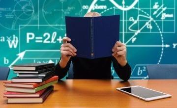 school 2051712 1920 360x220 - Berufsunfähigkeitsversicherung für Schüler, Studenten & Azubis