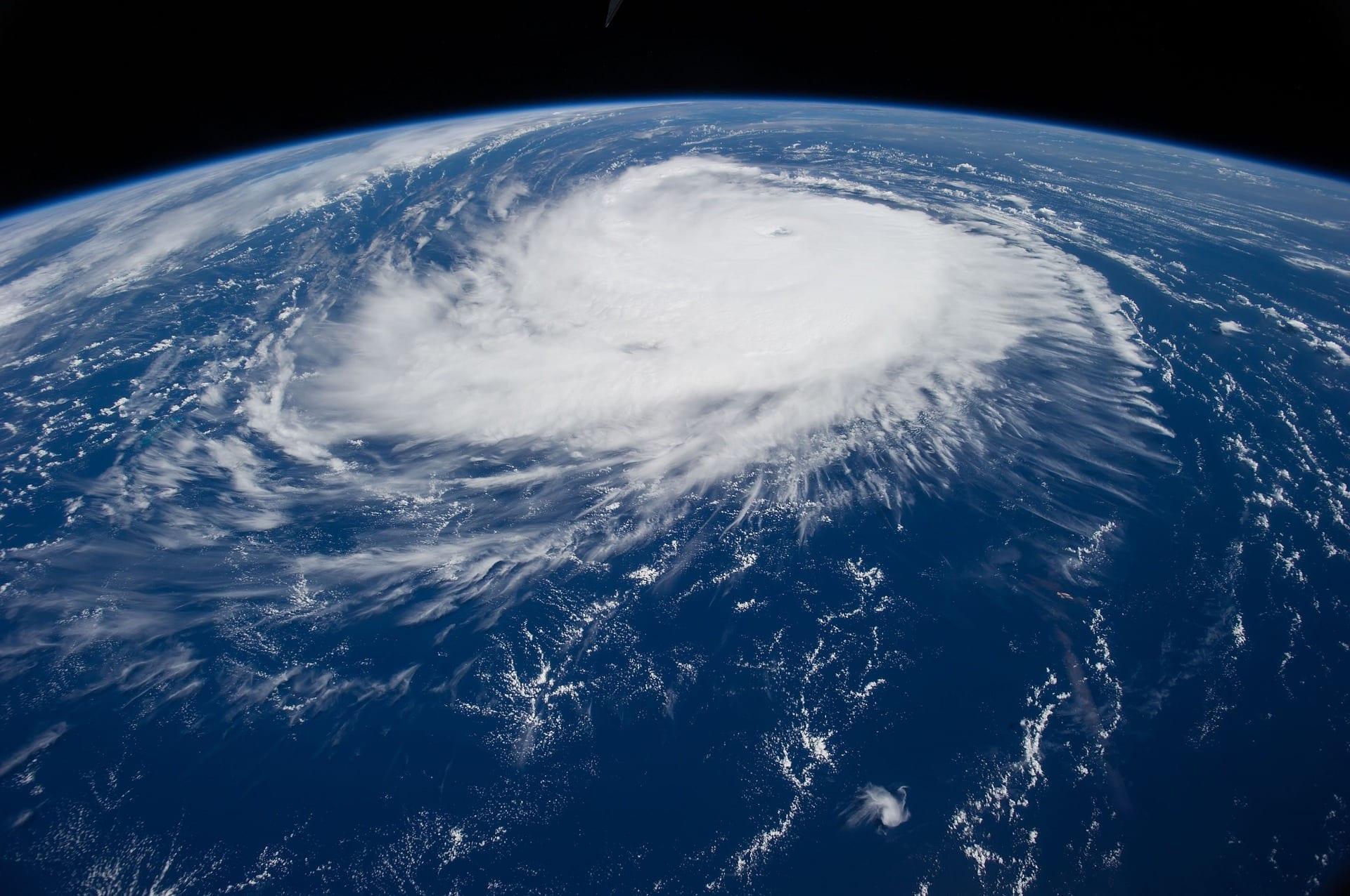 hurricane 1650692 1920 - Cat-Bonds – warum du Katastrophenanleihen kennen solltest