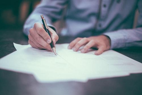 vertragscheck - Kostenloser Vertrags-Check
